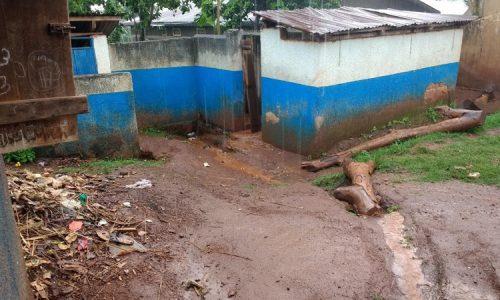 Banheiro e lixo 2